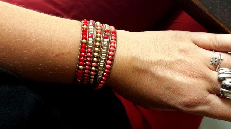 Bracelet manchette wrap RUBY 5 tours rouge et doré, perles et cuir, tendance, automne hiver 2017