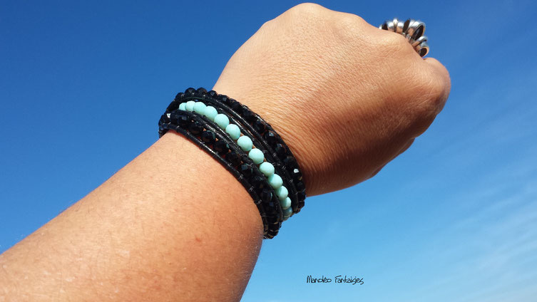 Bracelet wrap SALIE 3 tours perles semi precieuses er cuir noir et turquoise