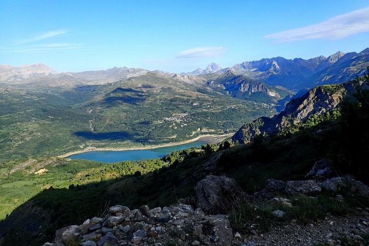 Le Lac de Bubal avec le Pic du Midi d'Ossau au fond.