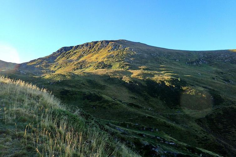Le Pic du Cabaliros (2334m) est toujours là....