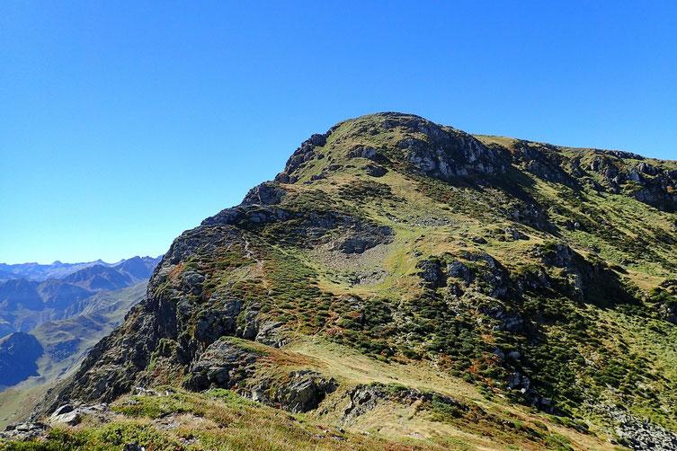 La descente du Cabaliros est un peu délicate, mais sans réel danger.