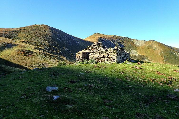 Petite cabane en ruine (2010m).