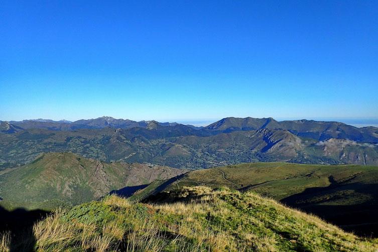 Jusqu'au Soum du Graquet avant la cassure du Val de L'Ouzom.