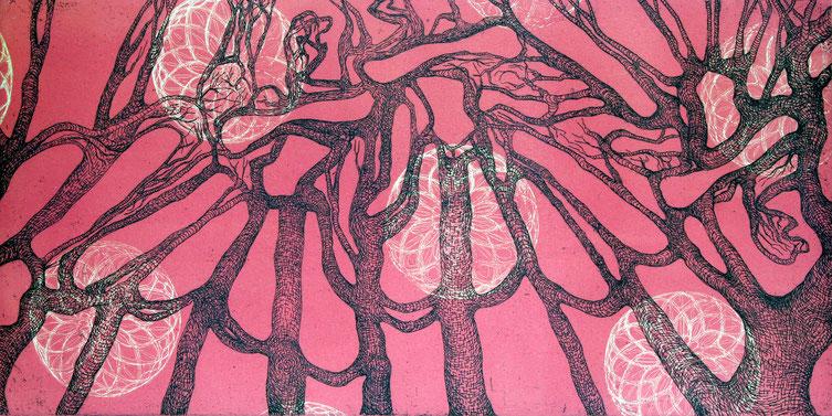 Prinzessinnen in Bäumen, Farbradierung von Gabi Klinger