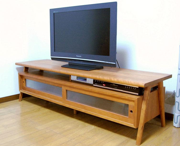 オリジナル定番のテレビボード(横浜市・I様邸)