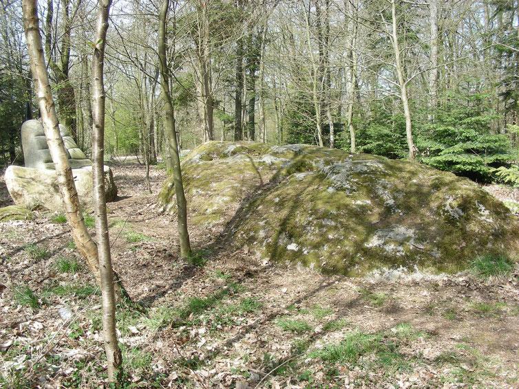 La pierre aux sacrifices- Monthault-©Région Bretagne