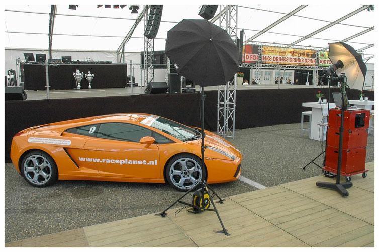 Foto van de Galastudio op Circuit Zandvoor op een evenement van Care autoschade