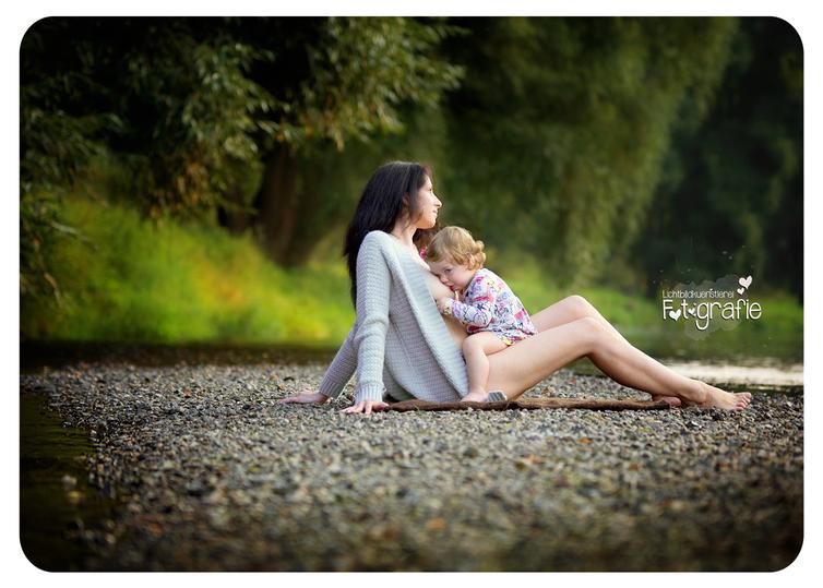 Breastfeeding, mamastillt, mama stillt, stillen, zwickau, fotograf, photograph, lichtbild,