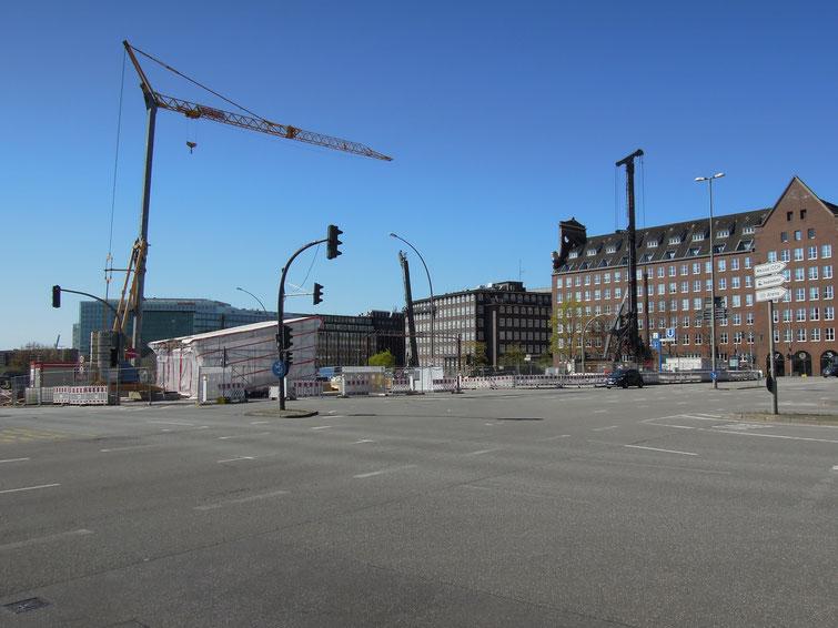 Am 19. April 2020: auch das letzte City-Hochhaus ist abgerissen - der Blick von Hauptbahnhof zur Ericus-Spitze ist frei. Foto: C. Schumann, 2020