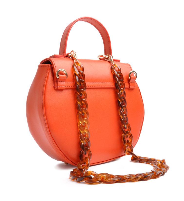 Schultertasche Ivy  in orangefarbenem Leder,  Handgefertigter Luxus . elegante Trachtentasche, OSTWALD Traditional Craft