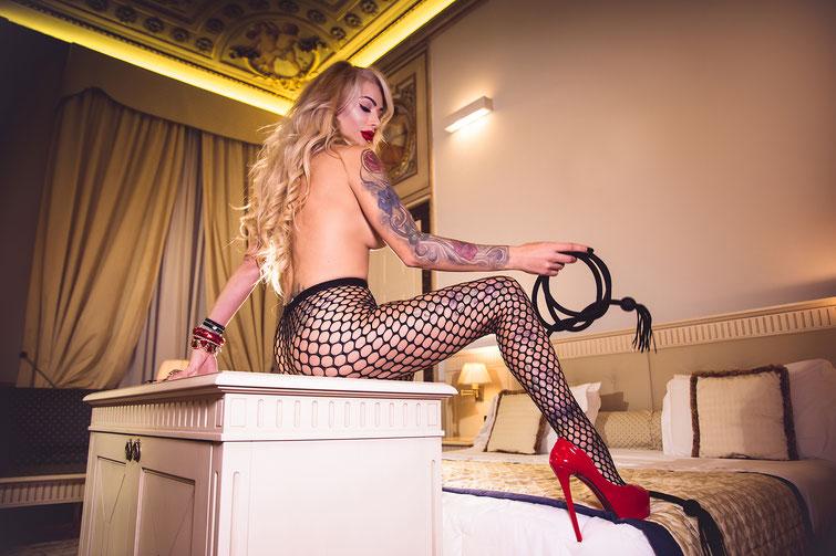 Fotografo glamour sexy per escort