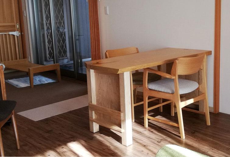 栃の一枚板ダイニングテーブル(藤沢市・N様邸)
