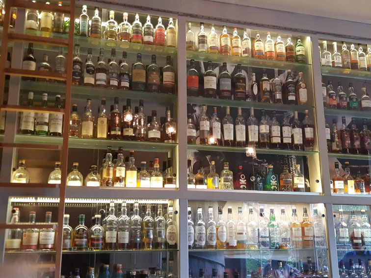 "Die Whisky-Bar ""The Still"" im Dowans Hotel, Aberlour"