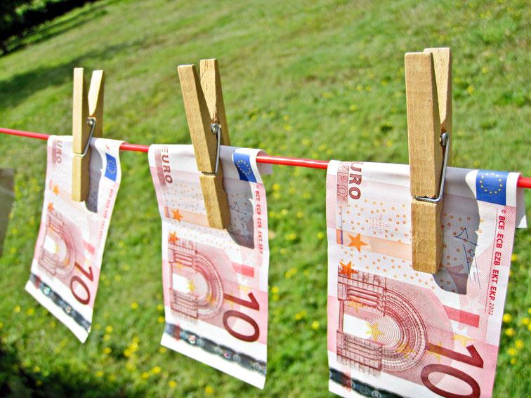 Money Laundering - Euros Kurtz Detektei Düsseldorf, Copyright Images Money