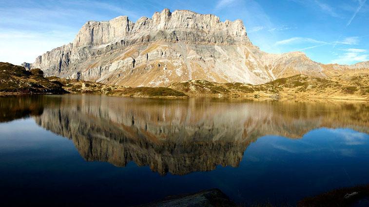 Reflet des Fiz au Lac de Pormenaz (1945 m) - Servoz, Haute Savoie