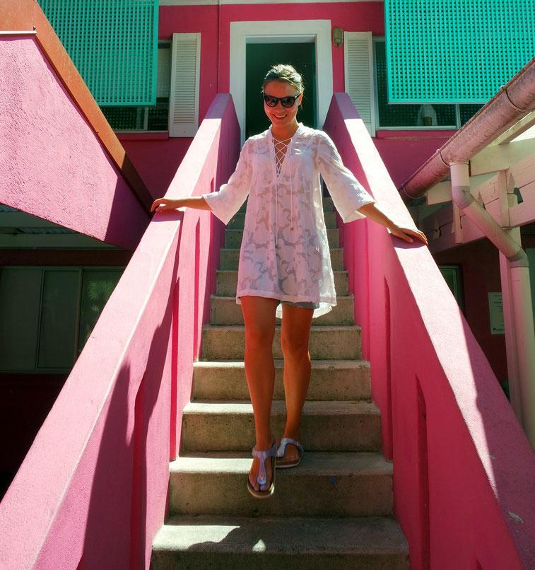 Laura in the pink hostel in Noosa