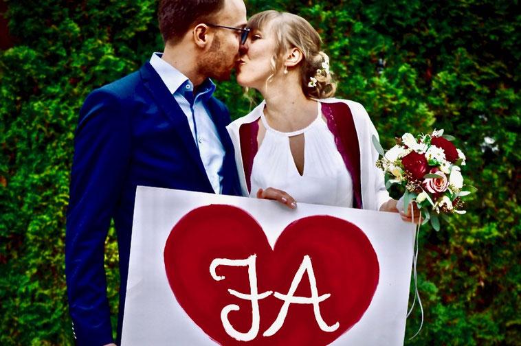 Freie Trauung: Brautpaar sagt JA
