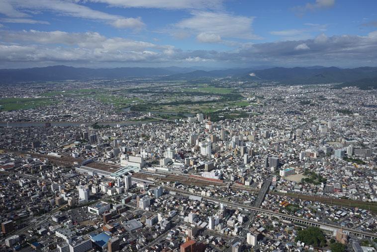 空撮 豊橋駅を望む
