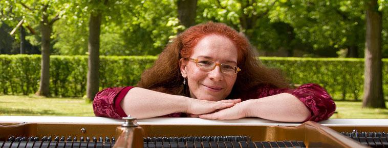Seite: Konzertpianistin Sofia Khorobrykh (neues Fenster)