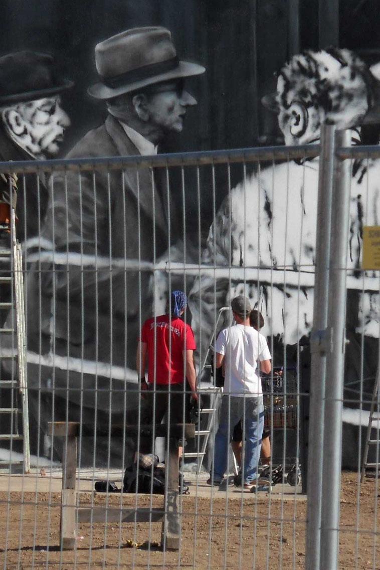 yoR7 yorkar mural deportationsmahnmal schlachthoframpe 1942 wiesbaden