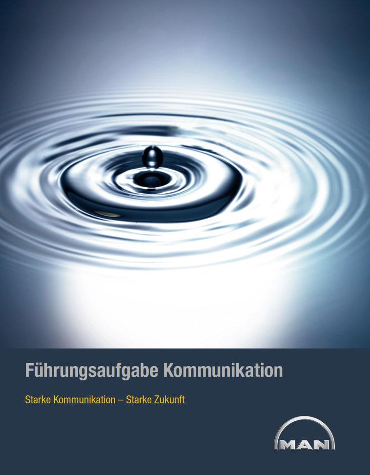 welcome-net Stuttgart, Business-Kommunikation, Change-Prozess, Broschüre mit Wassertropfen