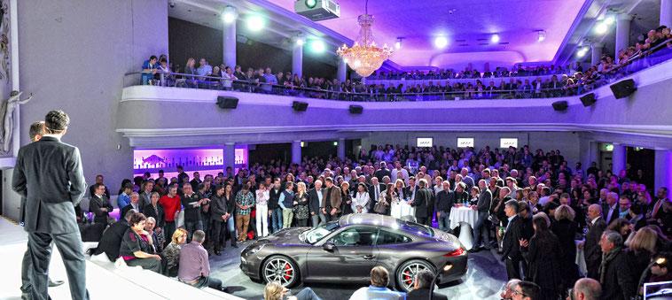welcome-net, Eventmanagement Baden-Württemberg, Automobil-Präsentation, Porsche 911 auf der Bühne