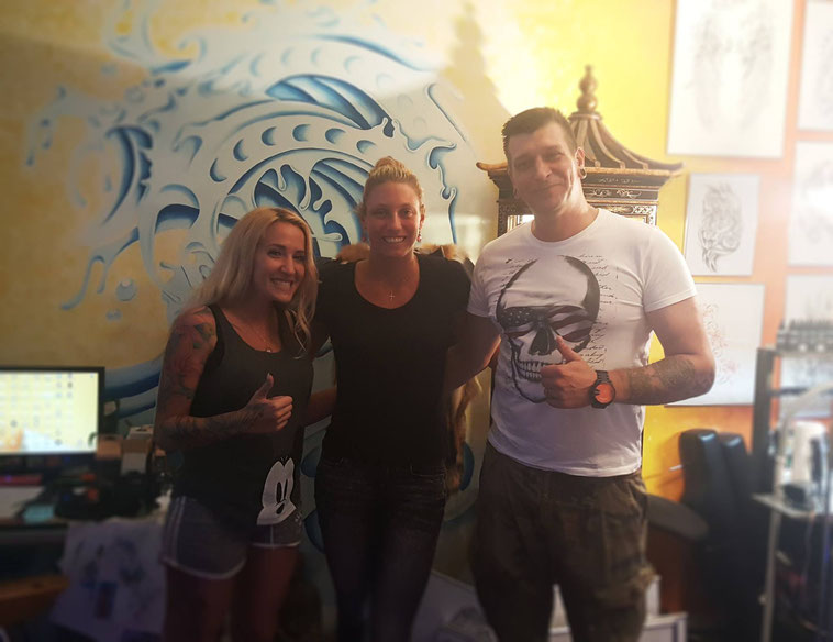 Yanina Wickmayer in Blue Magic Pins tattoo shop Belgium Genk custom design crown famous celebrity tennis player