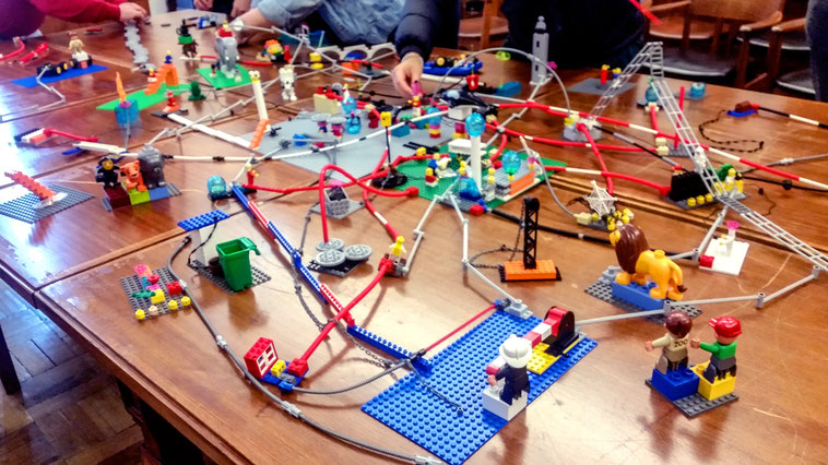 LEGO SERIOUS PLAY Workshop Strategie Teambuilding