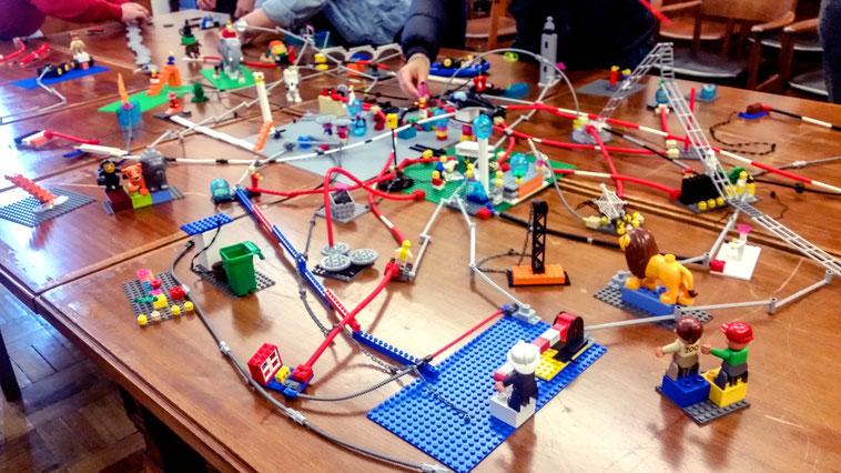 LEGO SERIOUS PLAY Workshop Strategie Teambuilding