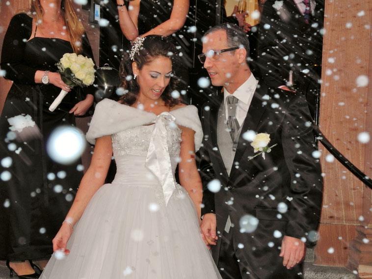 Winter Trauung Hochzeit in Frankfurt am Main, Hessen, Rhein-Main-Gebiet, Bayern, Alpen, Schweiz, Iglu