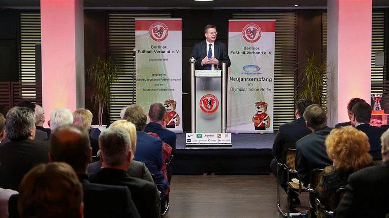 DFB Präsident Reinhard Grindel als Gast beim Neujahrsempfang des Berliner Fußball Verbandes. Foto: Enrico Formowitz