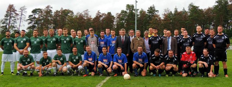 Die Akteure, Sponsoren und Veranstalter des 12. Betriebsmannschaften Turnieres von Klinze