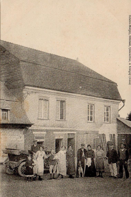 Delarbre-Morgny, Quincaillerie, à Résigny