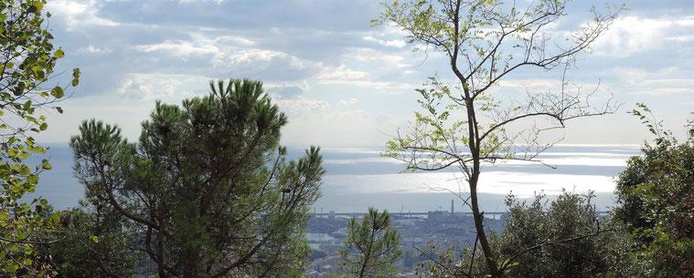 Blick auf das Mittelmeer bei Genua