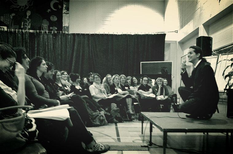 Conférence d'André Stern avec les enseignants et le personnel de direction des écoles du RÉPAQ - Colloque 40è anniversaire - 28 mars 2014