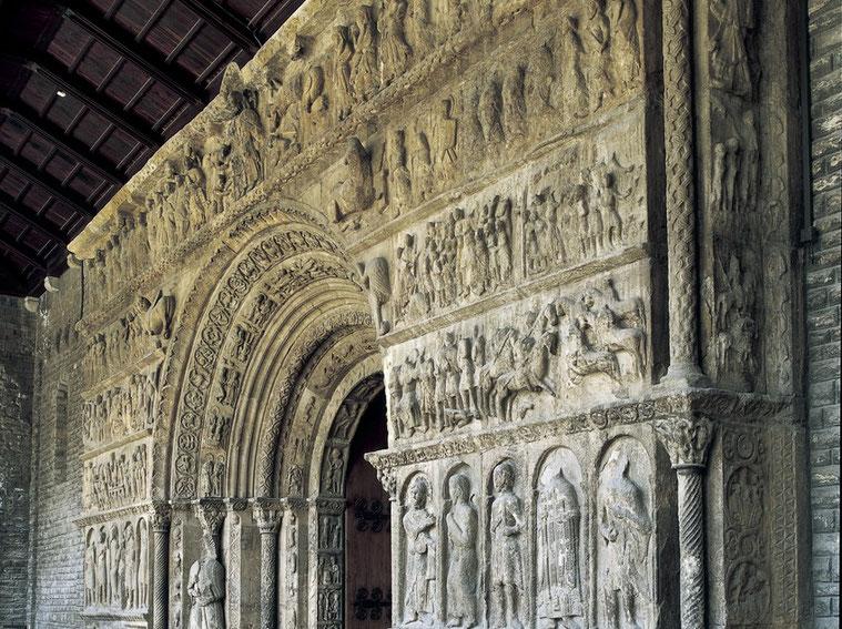 Монастырь и церковь Санта Мария де Риполь
