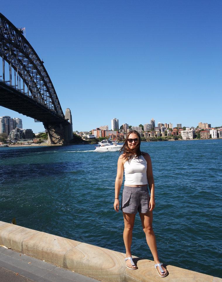 View of the habour bridge in Sydney