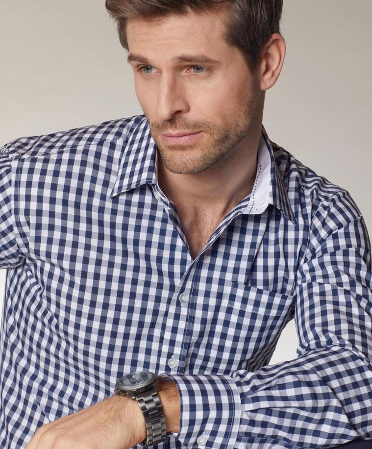 Hemd / Bluse Karo in Tracht, trendig, modisch bestickt, veredelt mit deinem Logo. Qualität aus der Steiermark. Wir besticken auch die Brusttaschen, Änderungsschneiderei, Meisterbetrieb