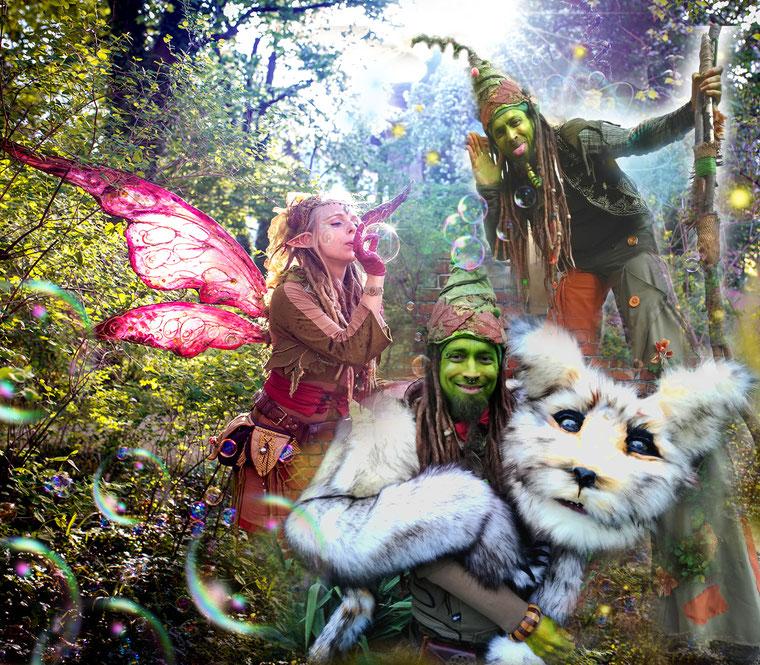 Seifenblasenzauber, Puppenspiel und Stelzenlauf mit Elfe Sorgenfrei (Jenny Naumann) und Troll Trolly (Alexander Metzig)
