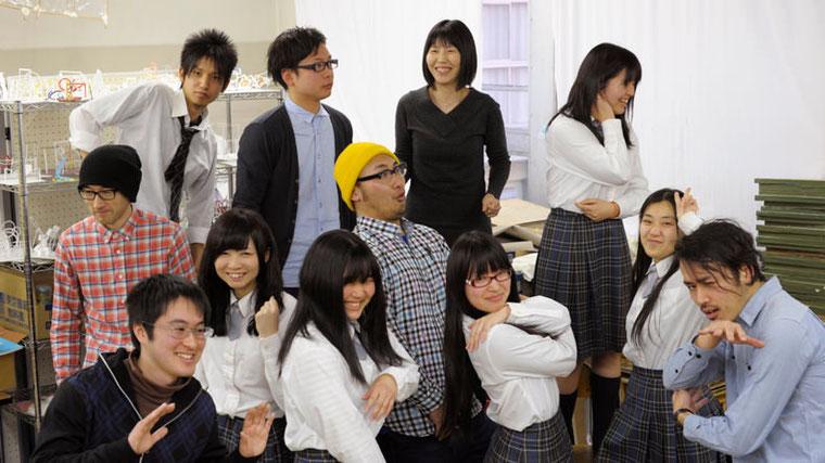 美術室で記念撮影。彼らには、とても大切なことを教えられたと思う。 photo by Jouji SUZUKI