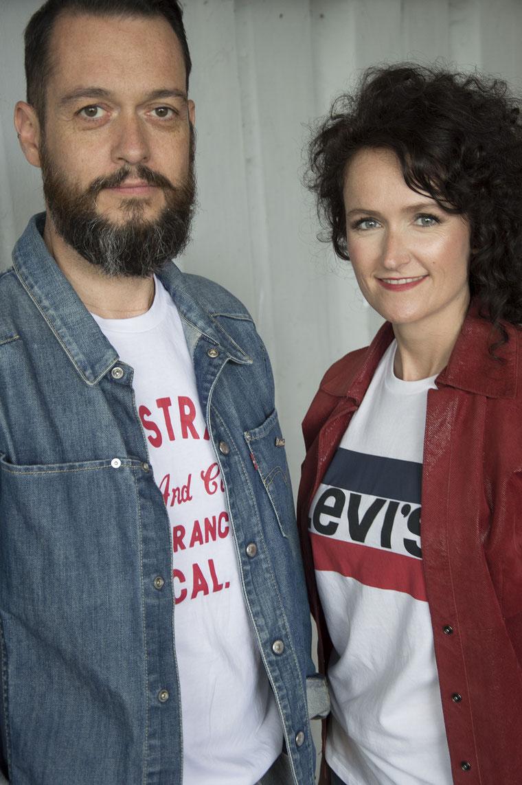 tenue Levi's femme homme