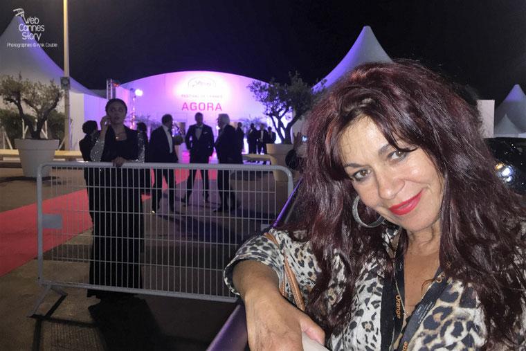 Mon amie Esmeralda Petit Benito, célèbre femme panthère - Festival de Cannes 2016 - Photo © Anik Couble