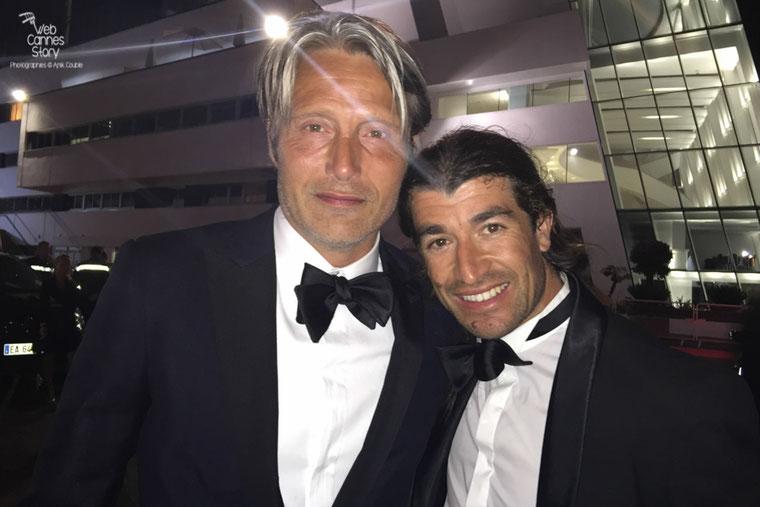 Mads Mikkeslen, membre du Jury  et Belka - Festival de Cannes 2016 - Photo © Anik Couble