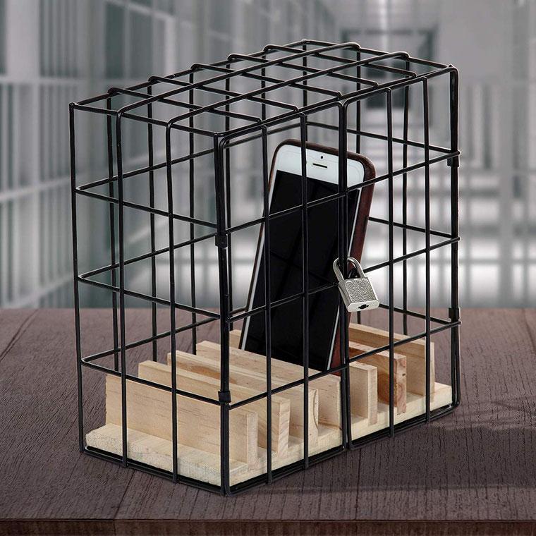"""""""Handy-Gefängnis"""" Scherzartikel, Gitter mit Schloß, oder besser Handy reparieren lassen, Handy Reparatur Berlin"""