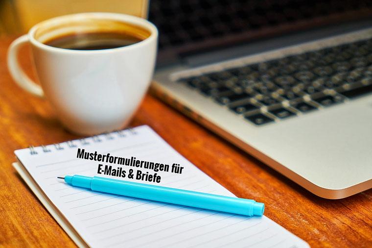 Musterformulierungen und Textbausteine für die Korrespondenz im Büro - Briefe und E-Mails