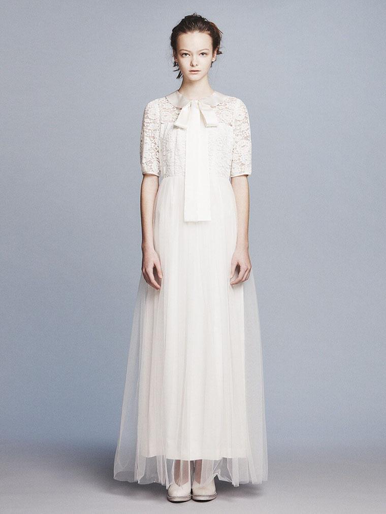 衿付き ウエディングドレス  オシャレスリーブ付きドレス