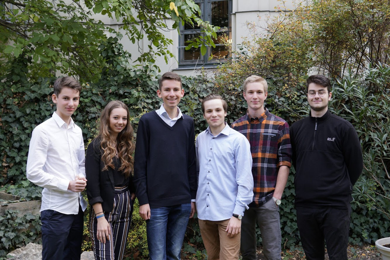 v.l.n.r.: Jannik Soisson, Lucy Semmler, Johannes Gosch, Valentin Asper, Richard Zimmermann, Benjamin Heinsohn