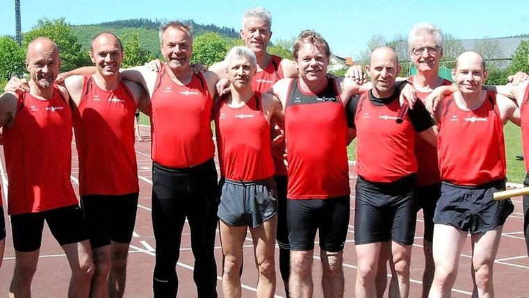 6. von links ist unser Miotglied Dr. Ulrich Löcher.