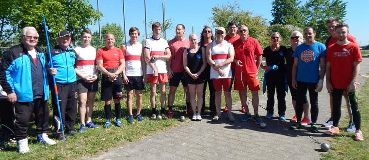 Hier ein Blick auf die Teilnehmer der siegreichen Teams der TSG Eppstein - sowie einigen Sportlern und Sportlerinnen von Phoenix.