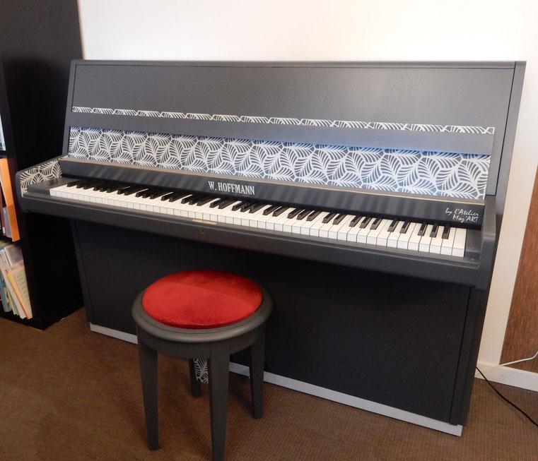 Piano Hoffmann moderne relooké 70's